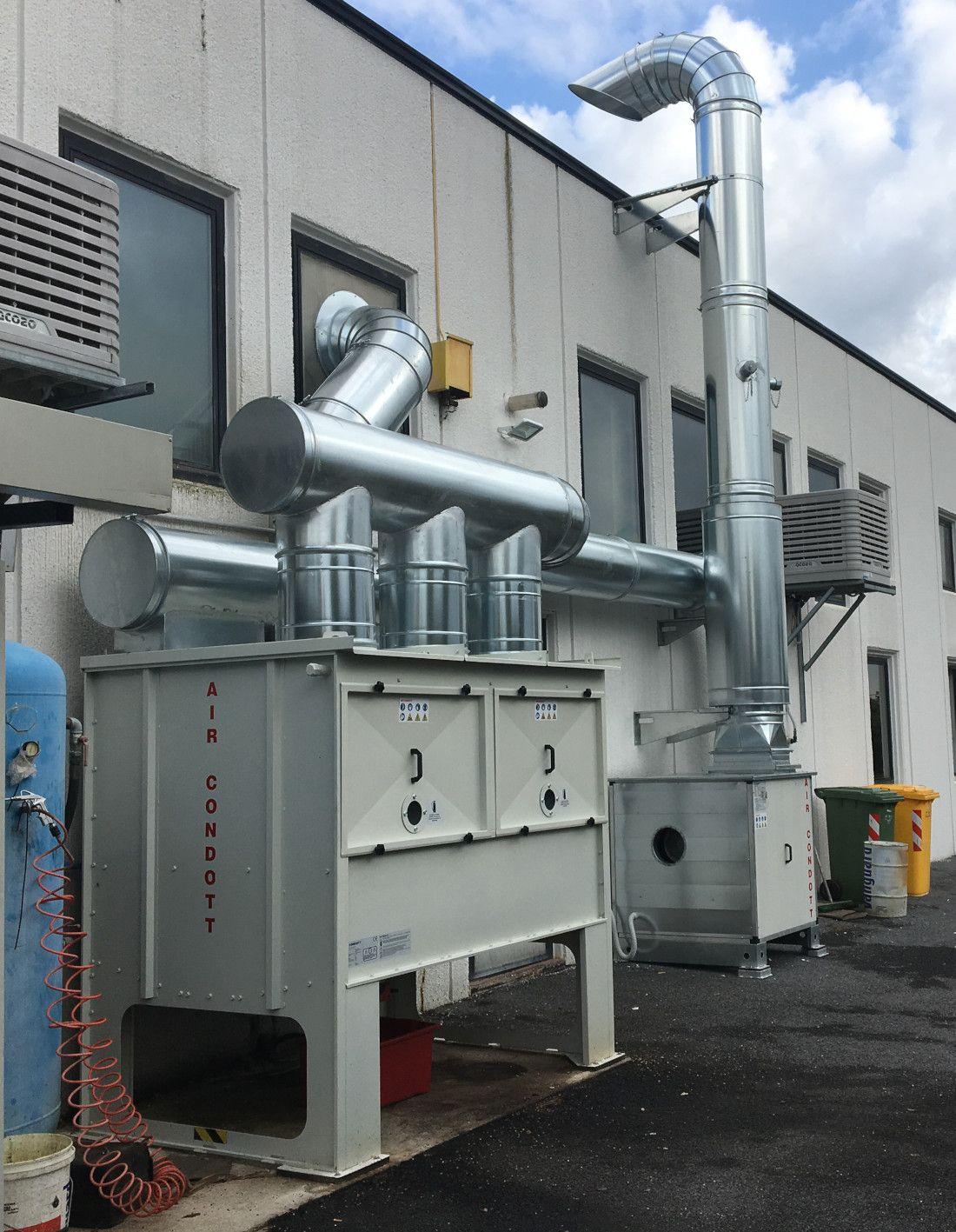 impianto aspirazione fumi e nebbie oleose con depuratore OIL FILTER