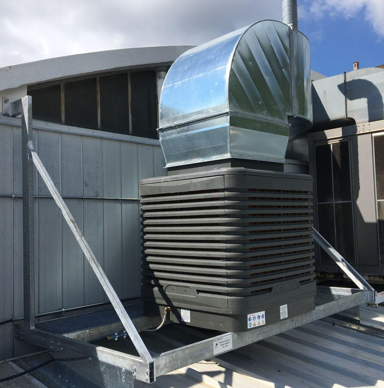 Raffrescatore evaporativo per capannoni